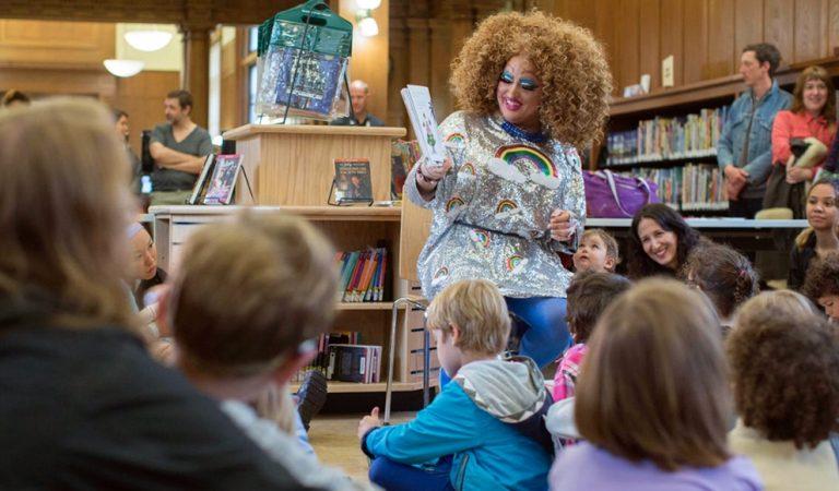 Governo da Suécia pagará 177 mil a drag queens para lerem histórias a crianças
